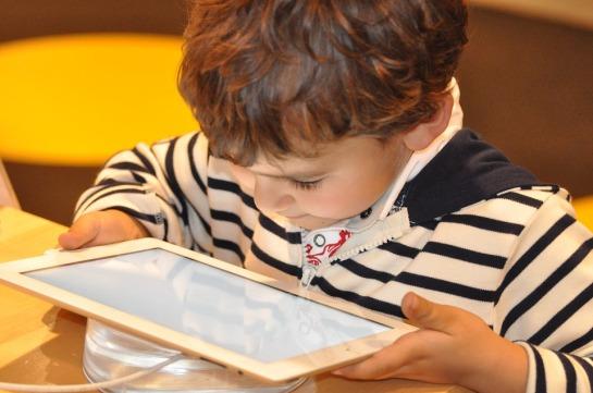 child-1183465_960_720