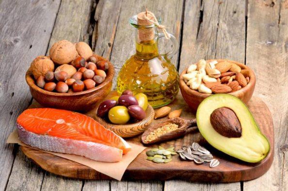 grasas-buenas-alimentos-min-e1475596541860