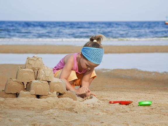 activites-jeux-plage-enfant